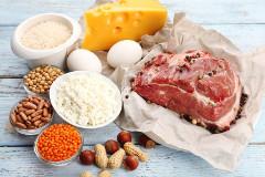 Nedostatok bielkovín